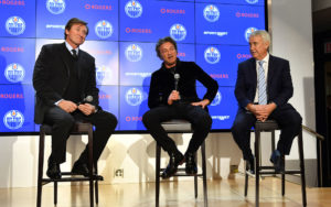 Wayne Gretzky, Daryl Katz and Bob Nicholson speak inside the Oilers Hall of Fame room Wednesday afternoon. Photo by: Andy Devlin / Edmonton Oilers