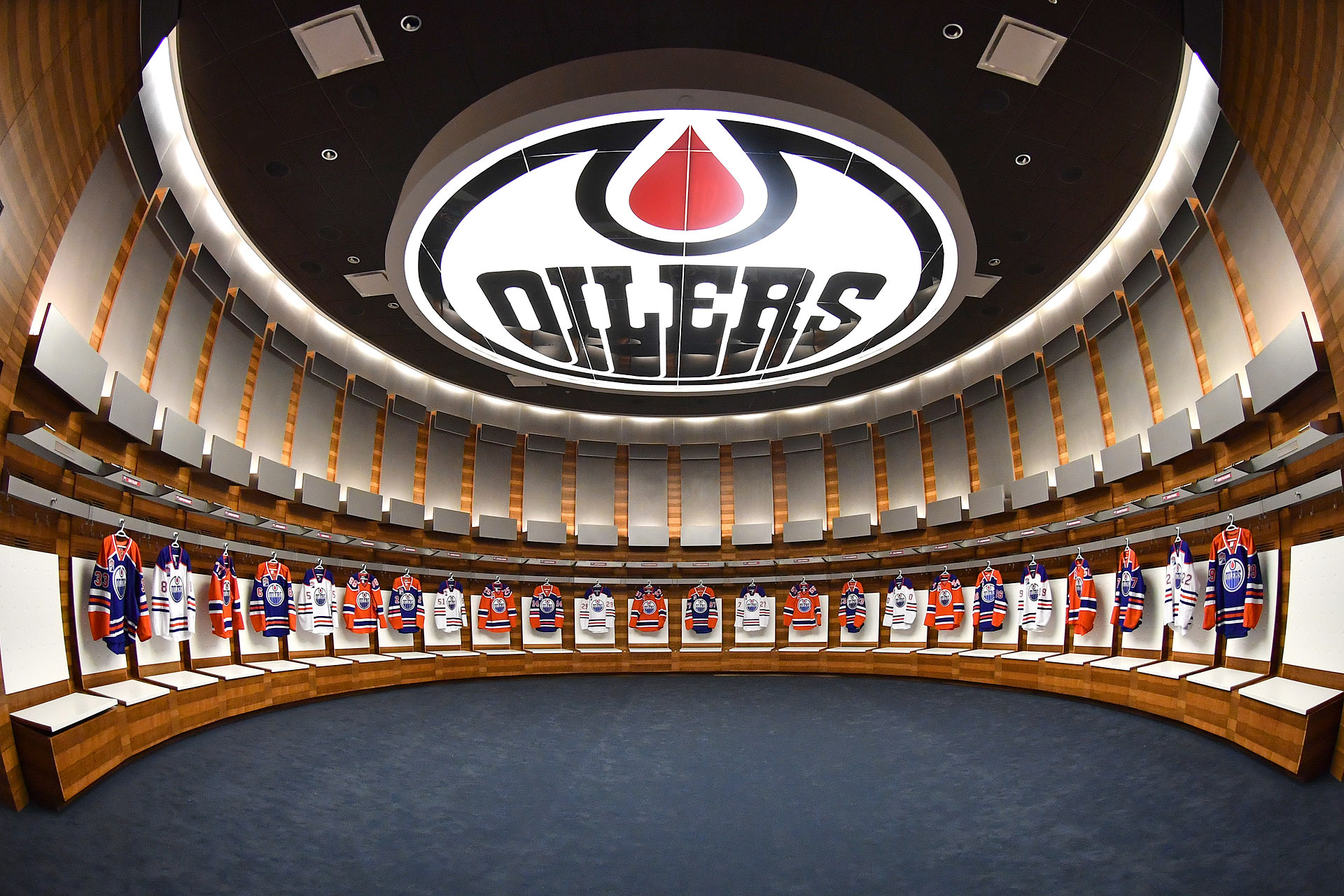 Gallery Oilers Dressing Room Tour Rogers Place